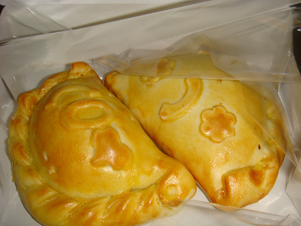 Cheese empanadas  © Claudia_midori/Flickr