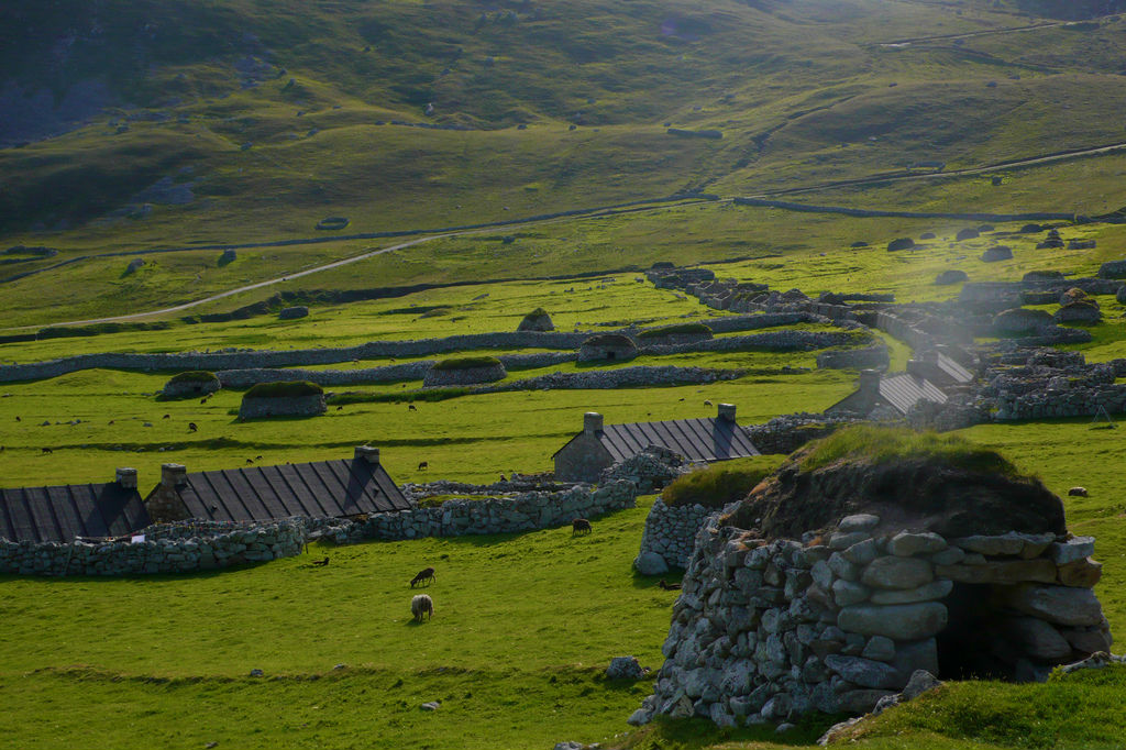 Main Street Of Village On Hirta | © CaptainOates/Flickr