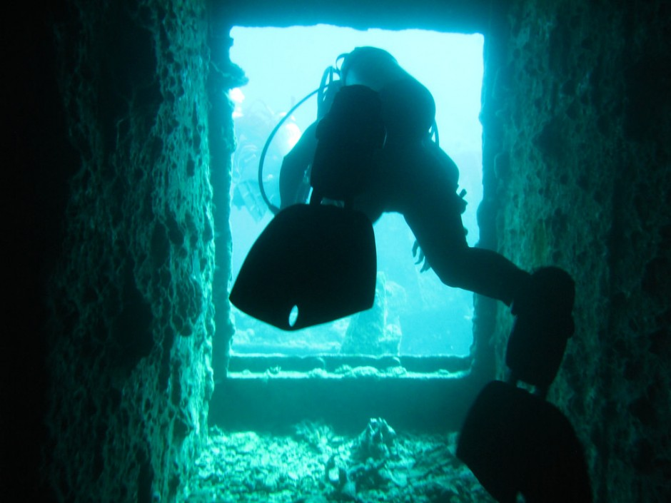 the history of underwater exploration