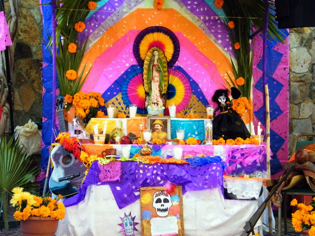 Day of the Dead altar | © Gabriel Flores Romero/Flickr