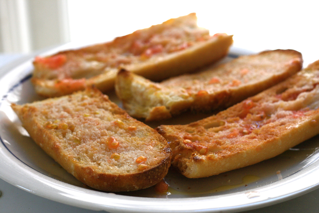 The Catalan pan con tomate | © Jennifer Woodard Maderazo