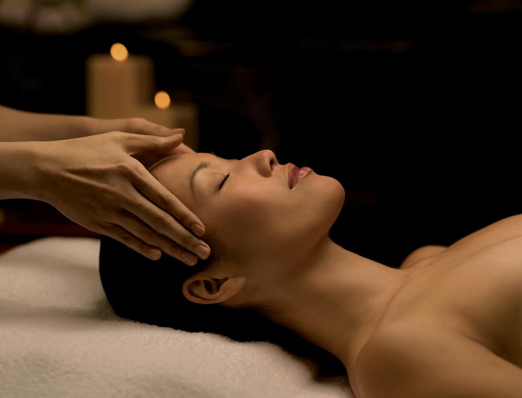 Face massage and facial |© InterContinental Hong Kong/Flickr