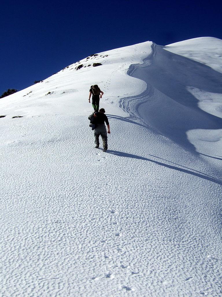 Ascending Mt Feathertop Stevage © Steve Bennett/WikimediaCommons