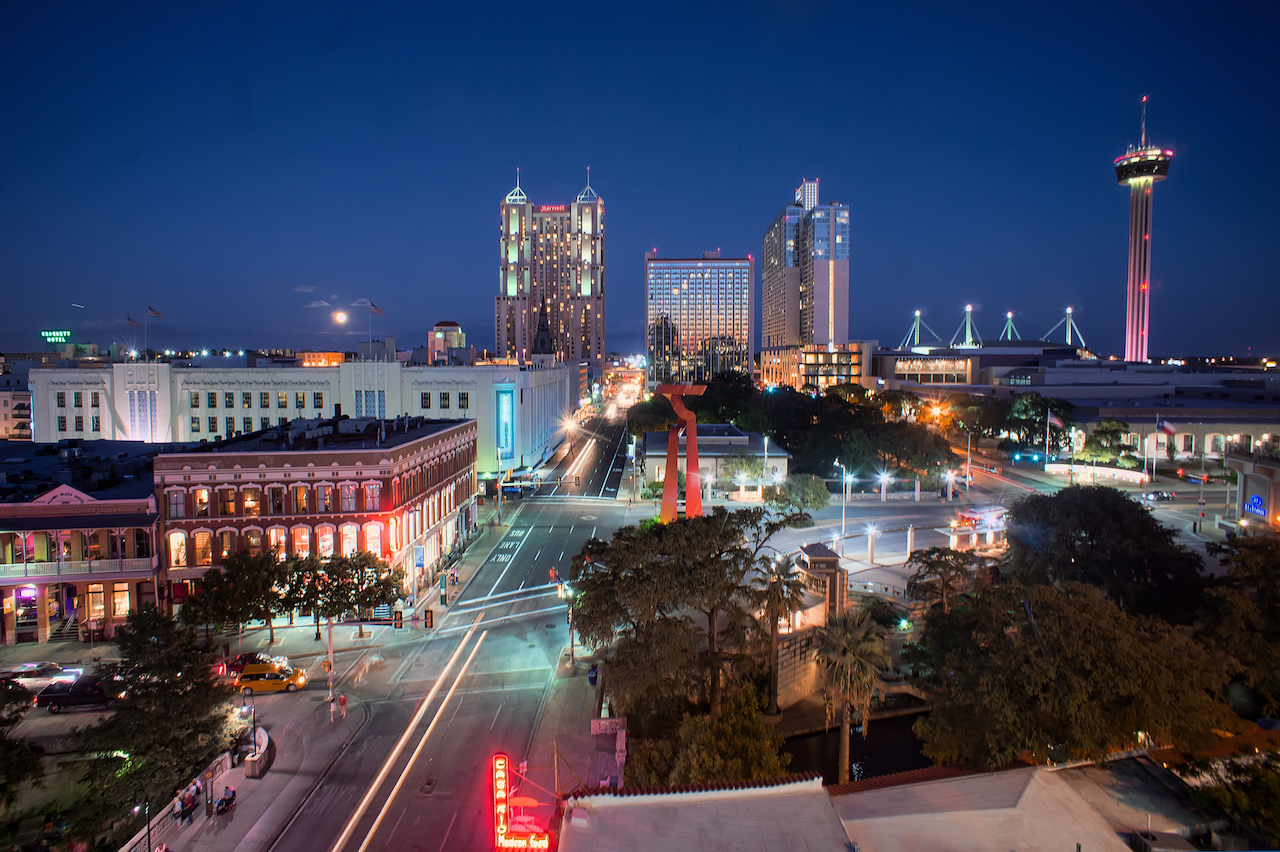 San Antonio City Skyline Blue Hour HDR | © Katie Haugland/Flickr