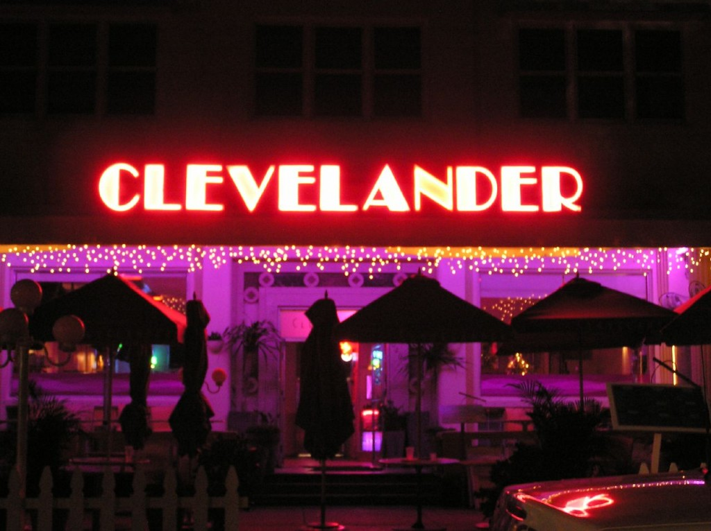 The Clevelander Hotel is a South Beach landmark. Come here expecting a party atmosphere | Courtesy of Chang'r/flickr