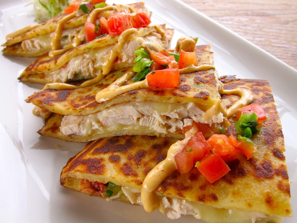 Chicken Boxty Quesadilla | © Fado Irish Pub/Flickr
