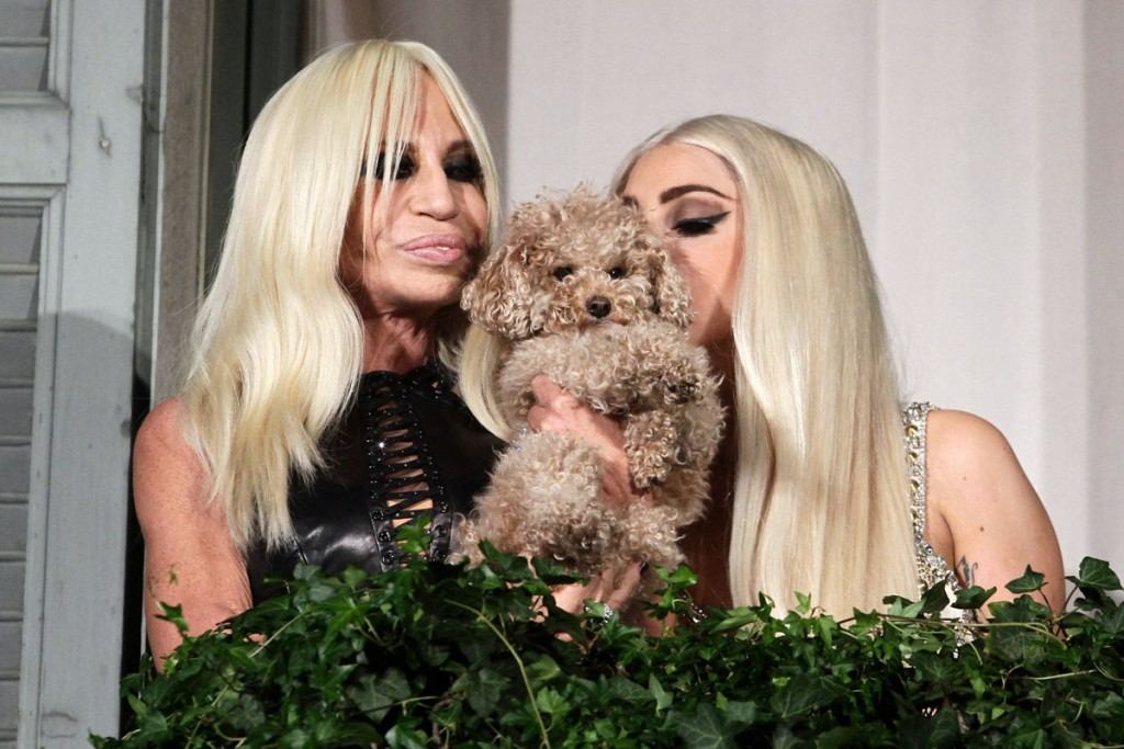 Donatella Versace and Lady Gaga | © Flickr/celebrityabc