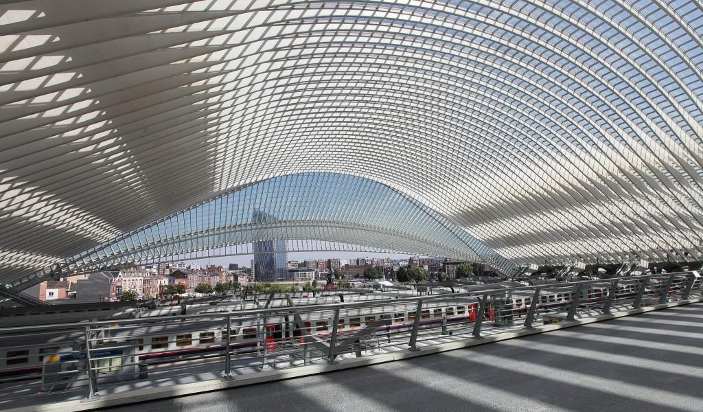 Inside Liège's railway station   © Rick Ligthelm/Flickr