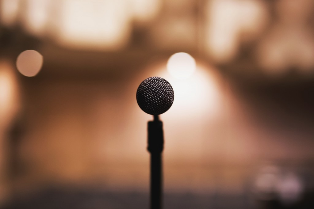 Microphone | © free stocks.org/Pexels