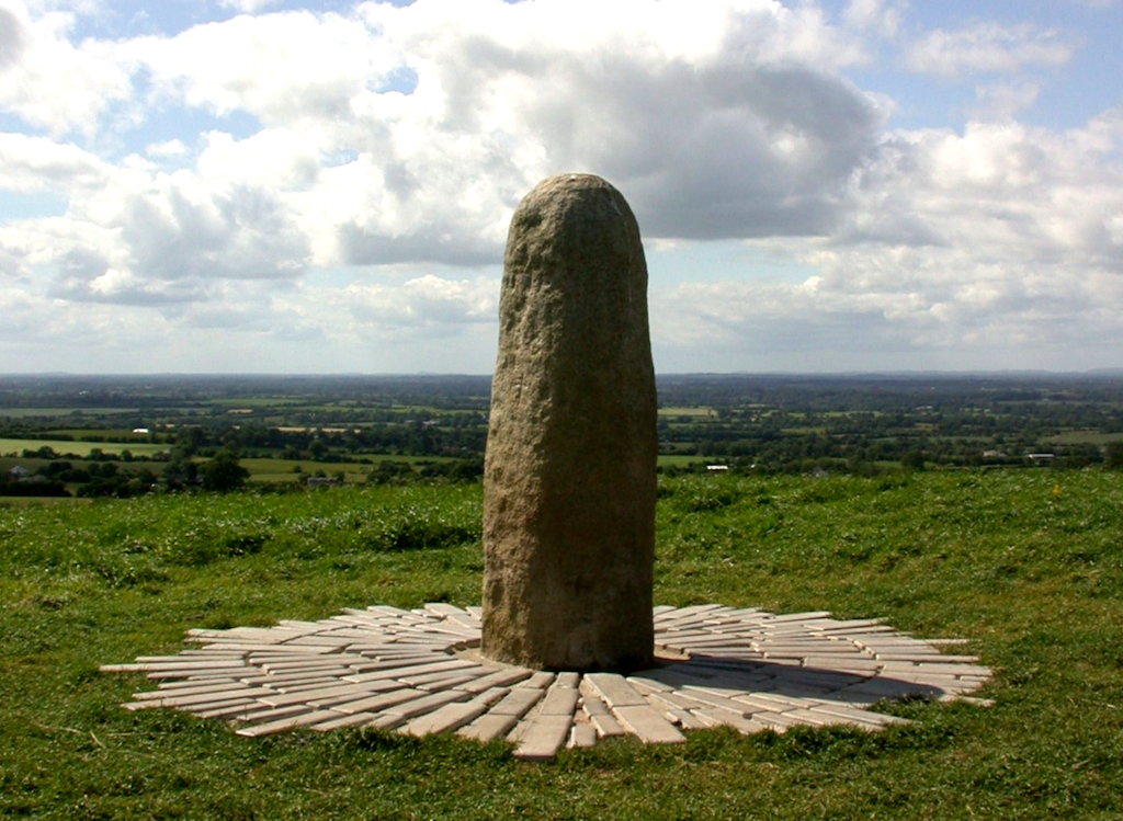 Stone of Destiny, Hill of Tara | © Germán Póo-Caamaño/Flickr