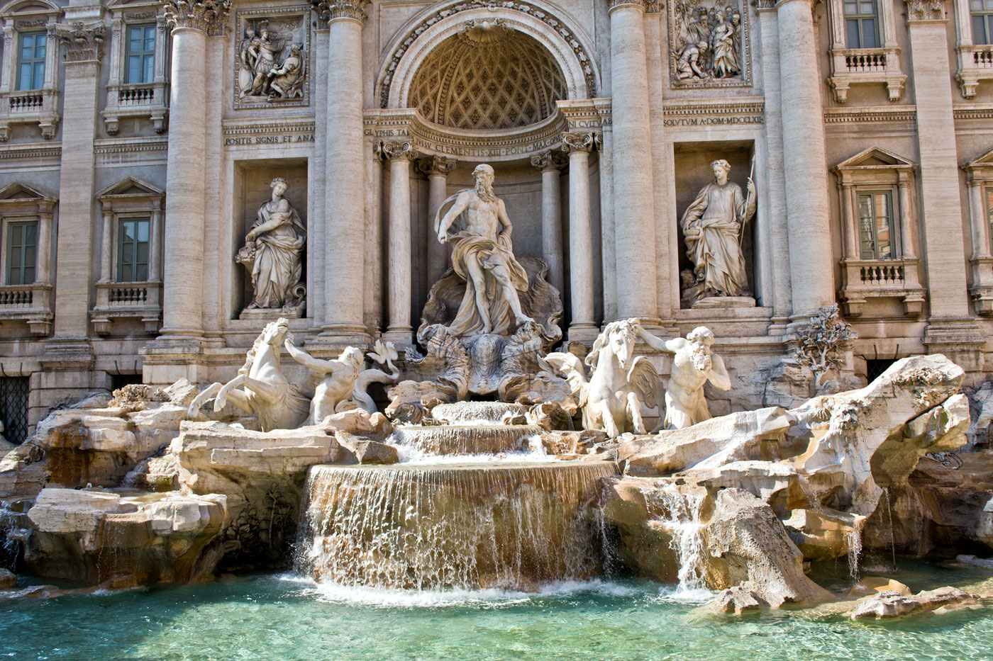 a brief history of rome u0027s trevi fountain