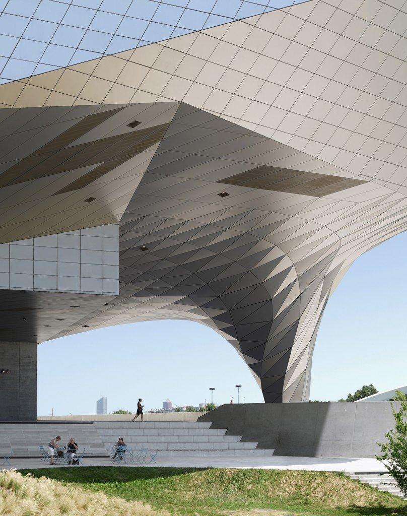 Musee de Confluences by Coop Himmelb(l)au, Lyon, France | © Fabrice Fouillet