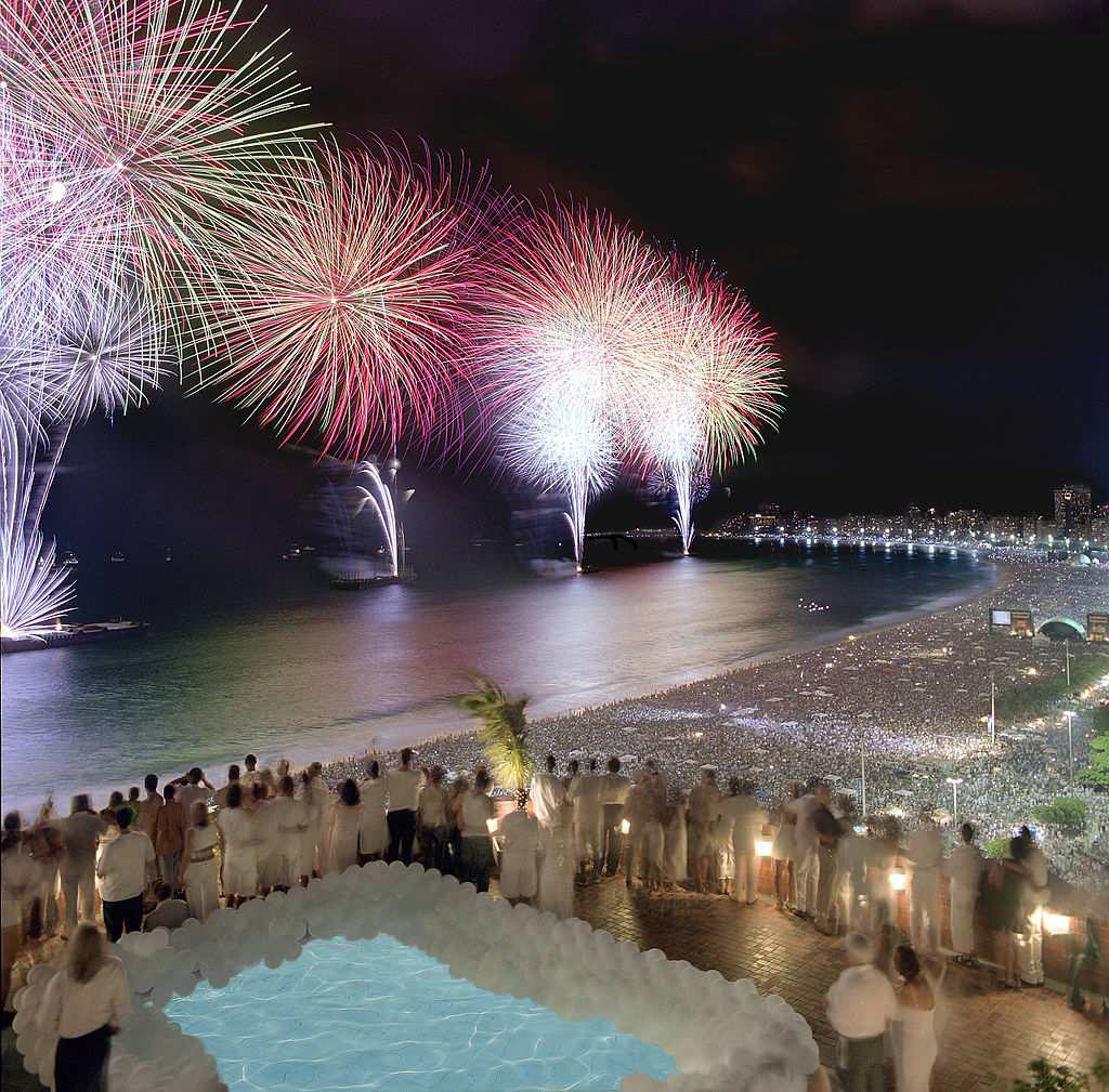 how to celebrate new years eve in rio de janeiro