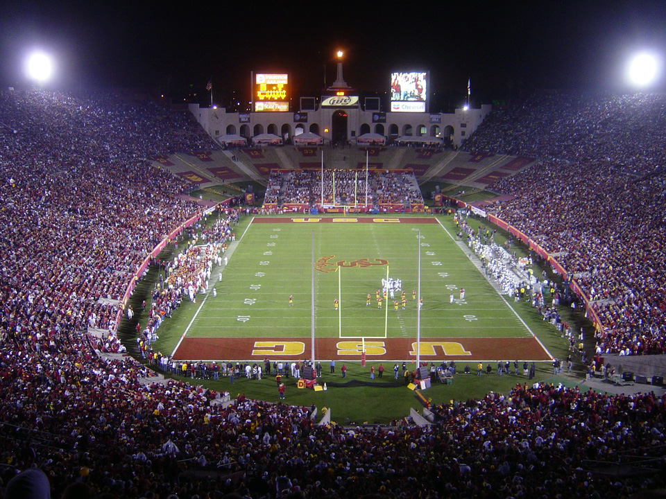 Los Angeles Memorial Coliseum © Bobak Ha'Eri/Wikipedia