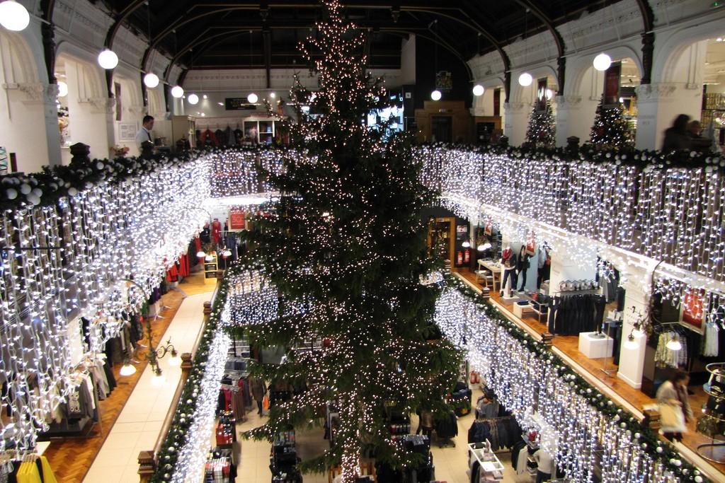 Jenner's Christmas Tree | © Caitriana Nicholson/Flickr