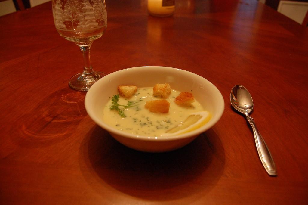 Avgolemono soup | © robin.norwood/Flickr
