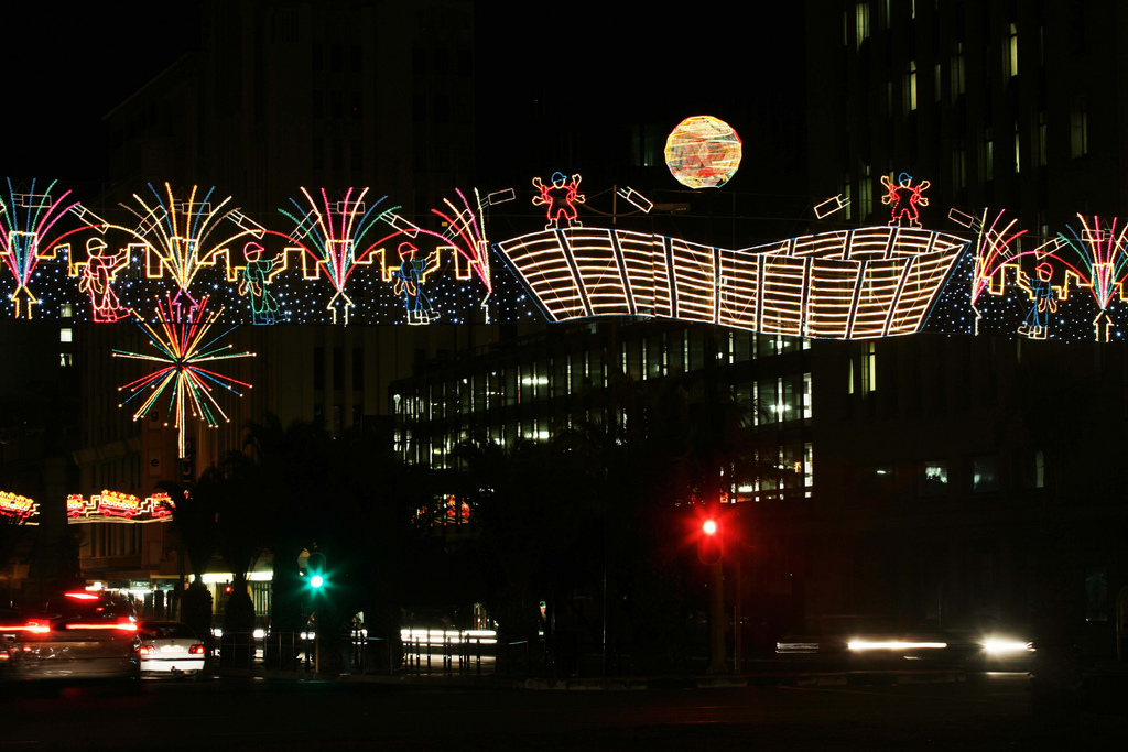 How to celebrate christmas in cape town for Kitchen lights cape town