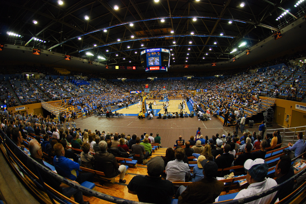Pauley Pavilion © Eric Chan/Flickr