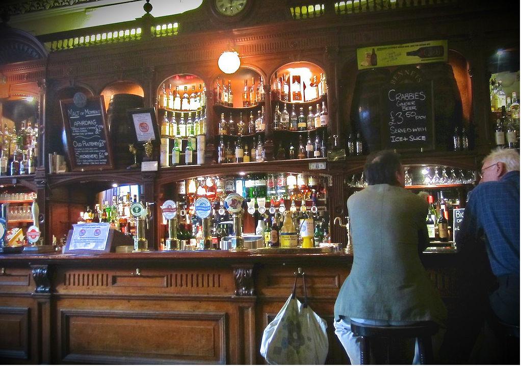 Bennets Bar | © Ian Sommerville/Flickr