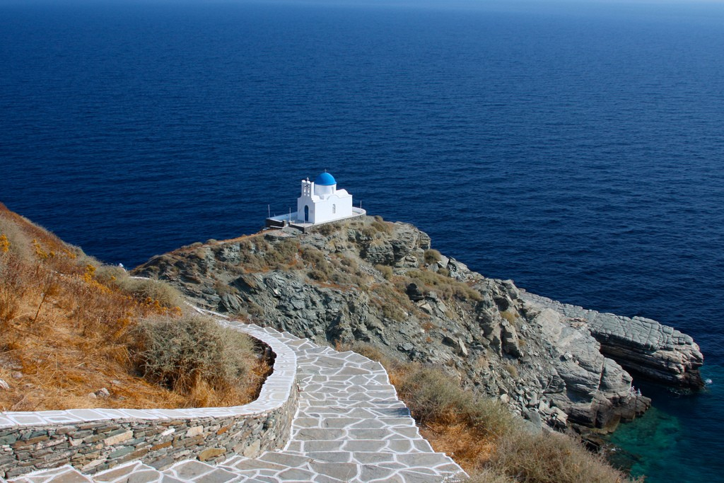 The Best Things to See and Do in Sifnos Greece