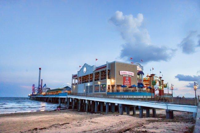 Galveston Island Historic Pleasure Pier © Katie Haugland/Flickr