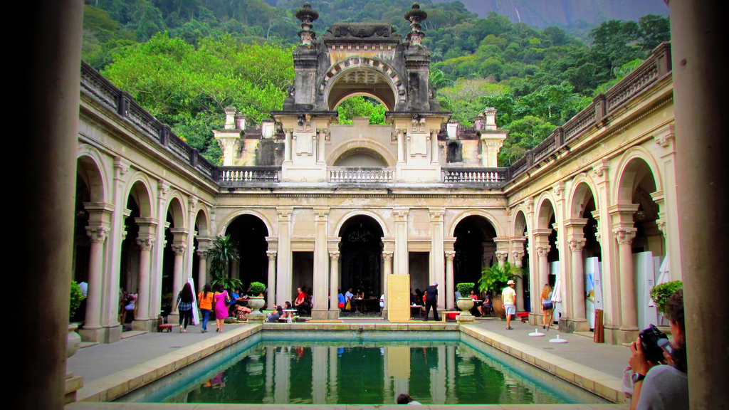 The inside of the stunning Parque Lage mansion |© Ana Carina Lauriano