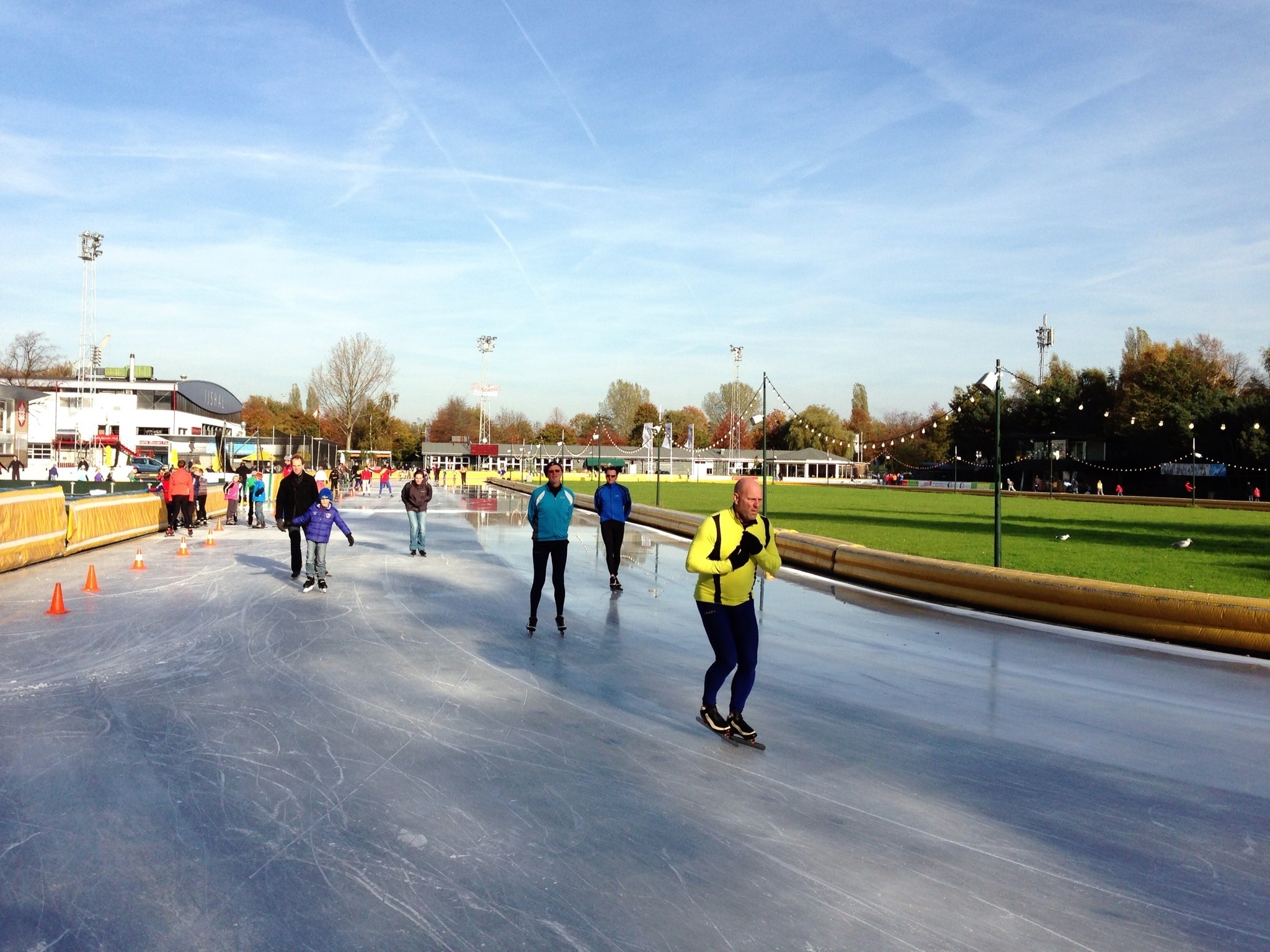 the coolest outdoor ice rinks in amsterdam this winter