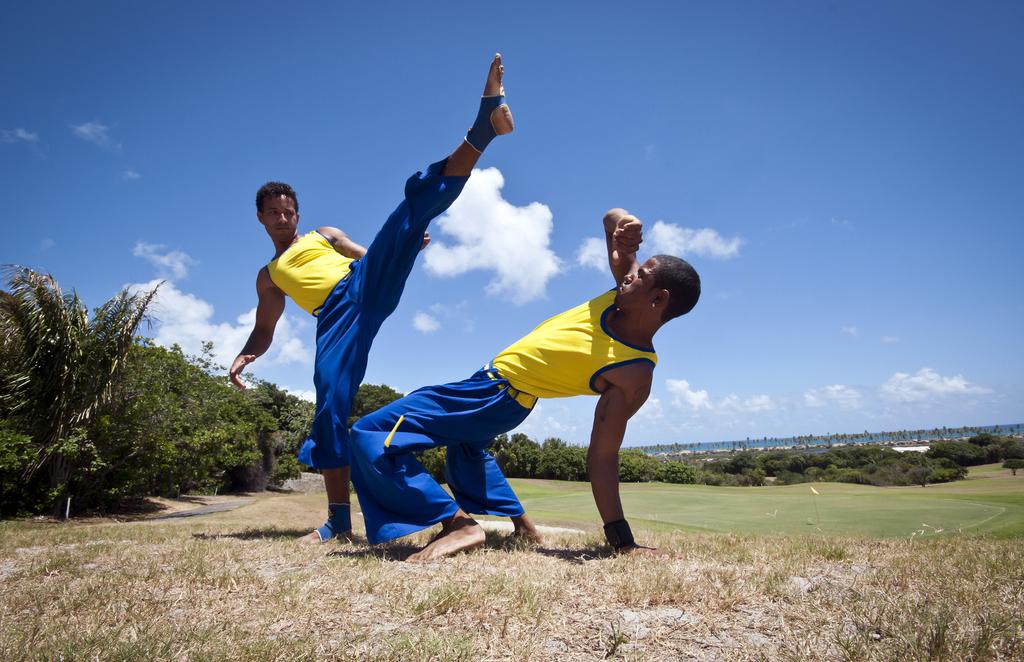 Capoeira skills |© Turismo Bahia/Flickr