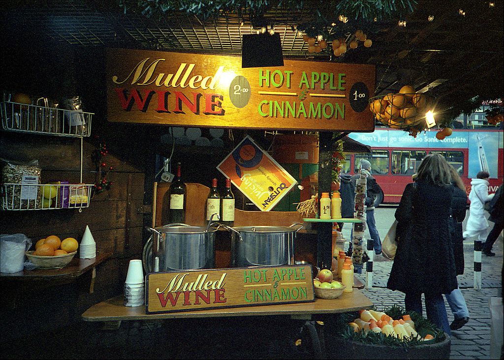 Mulled Wine Stand | © Pedro Figueiredo/Flickr