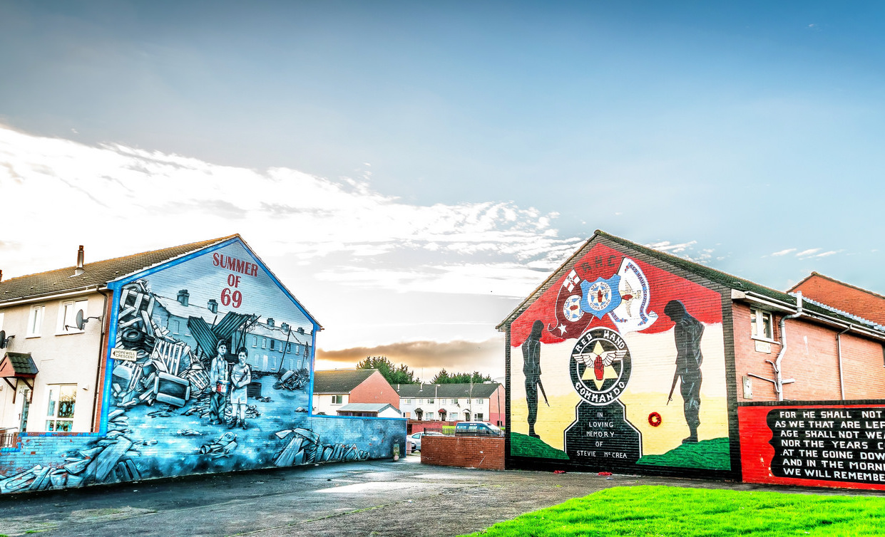 Ireland 39 s most powerful murals for Mural belfast