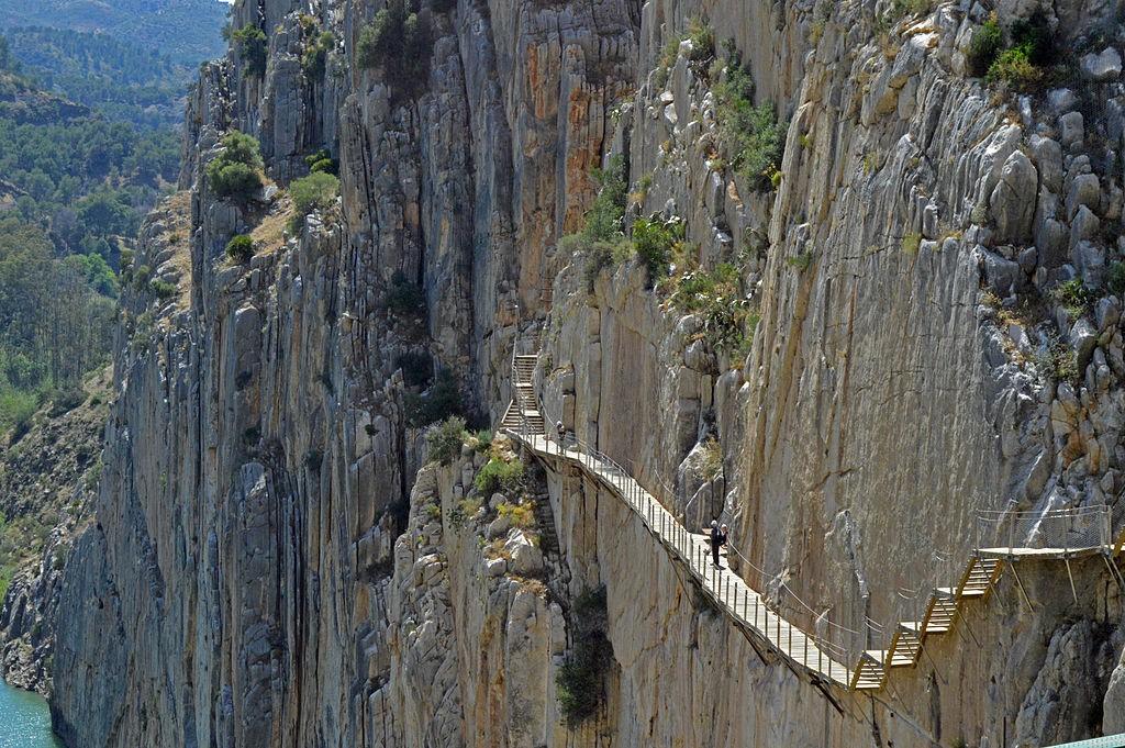 Caminito del Rey | ©MichiNerja https://commons.wikimedia.org/wiki/File:El_famoso_Caminito_del_Rey.jpg