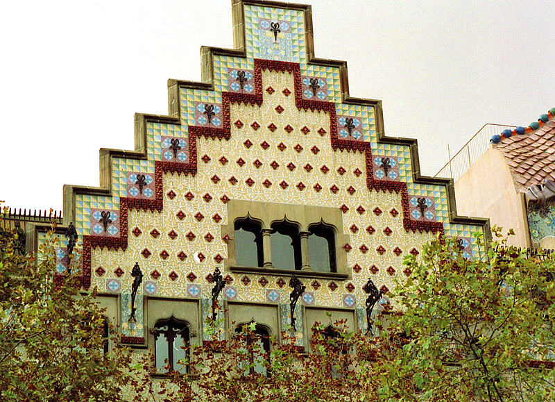 Casa Amatller, Barcelona   ©Arz via Wikimedia Commons