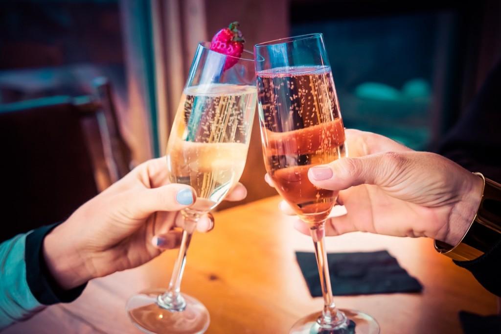 Cheers © Pixabay