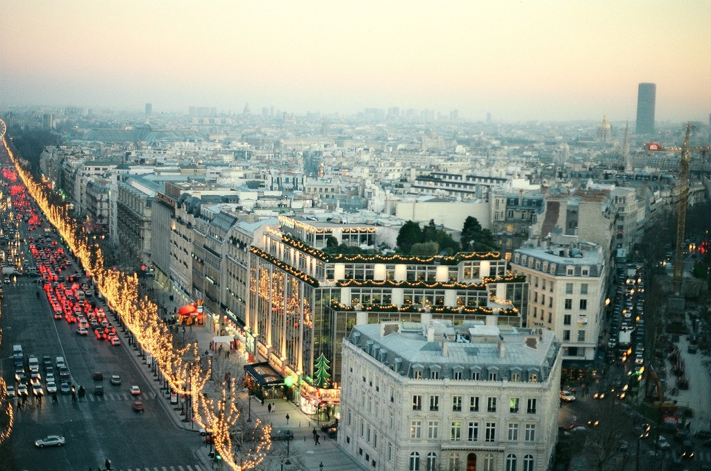 Christmas Paris France.The Essential Guide To Christmas In Paris