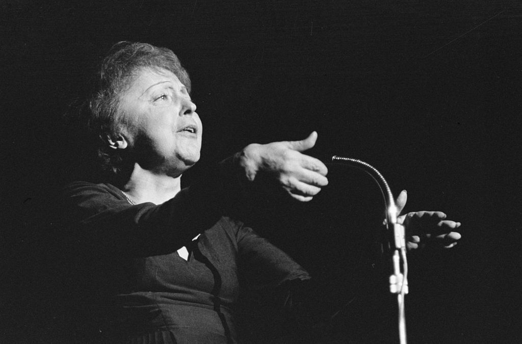 Edith Piaf The Little Sparrow Of Belleville