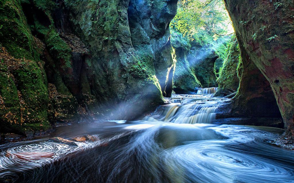 Finnich Gorge | © john mcsporran/Flickr