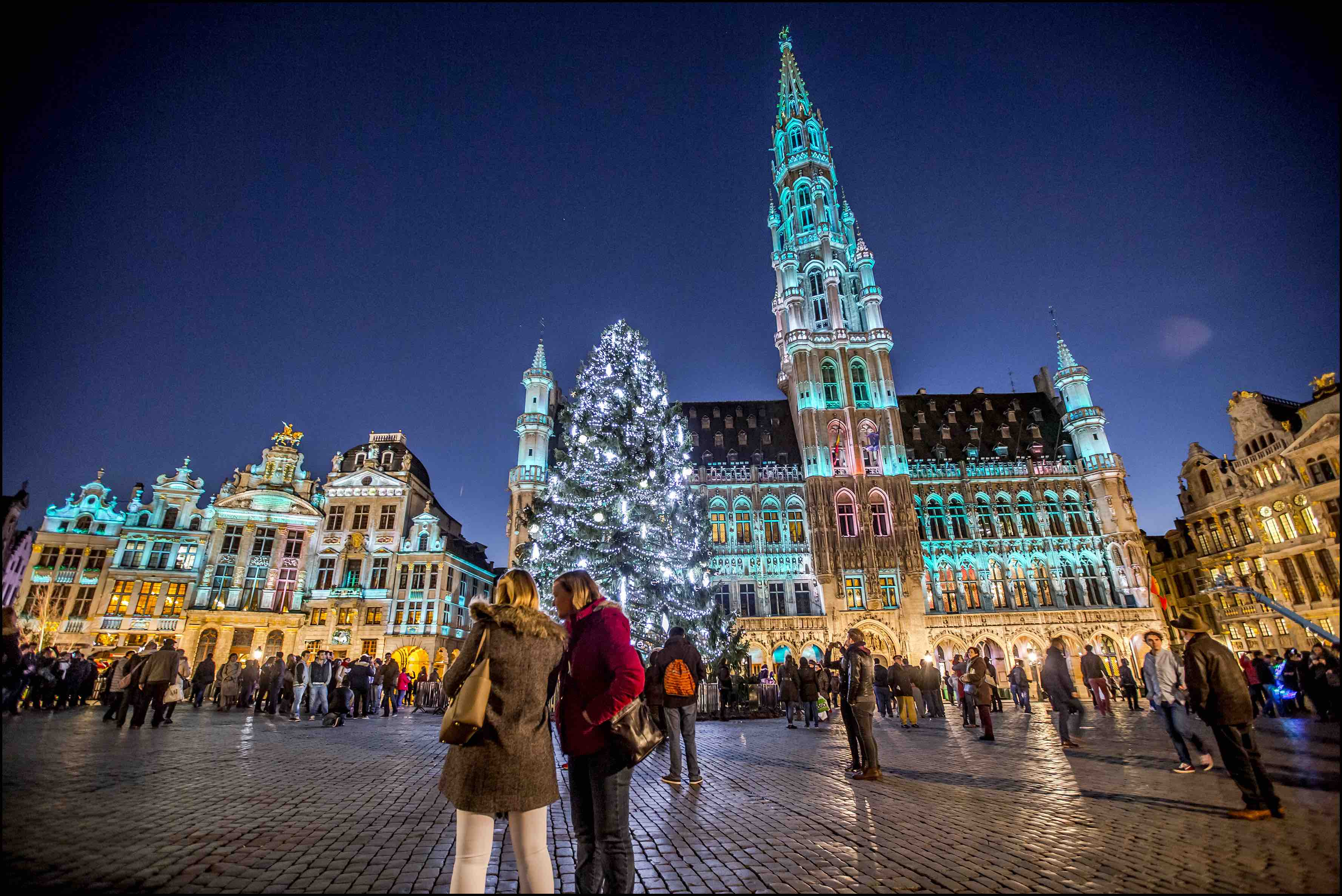 noel 2018 grand place bruxelles A Guide To Belgium's Wonderful Christmas Markets noel 2018 grand place bruxelles