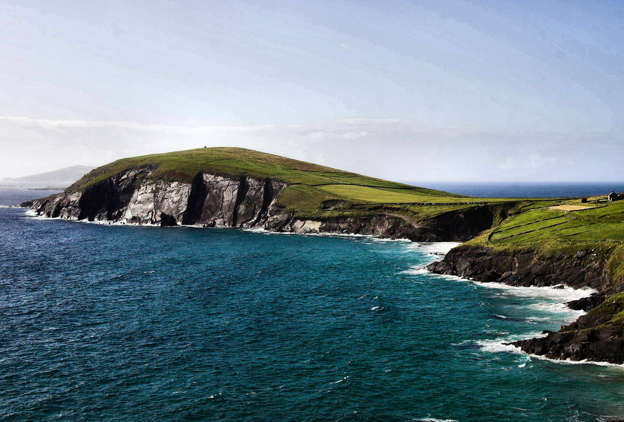 Coastline of the Dingle peninsula | © Brian Henry/Public Domain Pictures