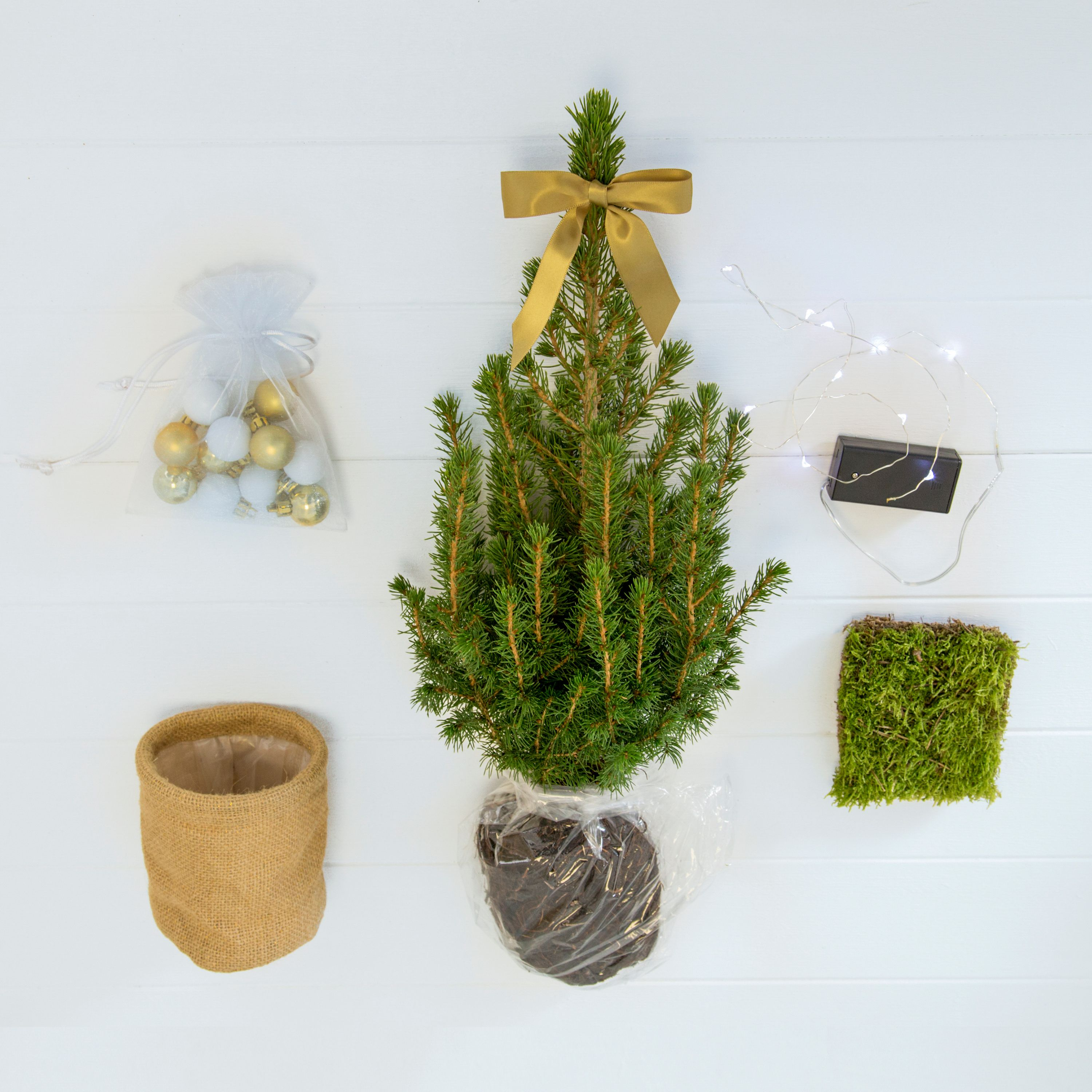 John Lewis Christmas Tree.Lazy People Will Love This Christmas Tree That Comes In The Post