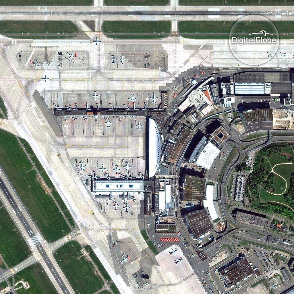 Kloten Airport, Zurich © DigitalGlobe