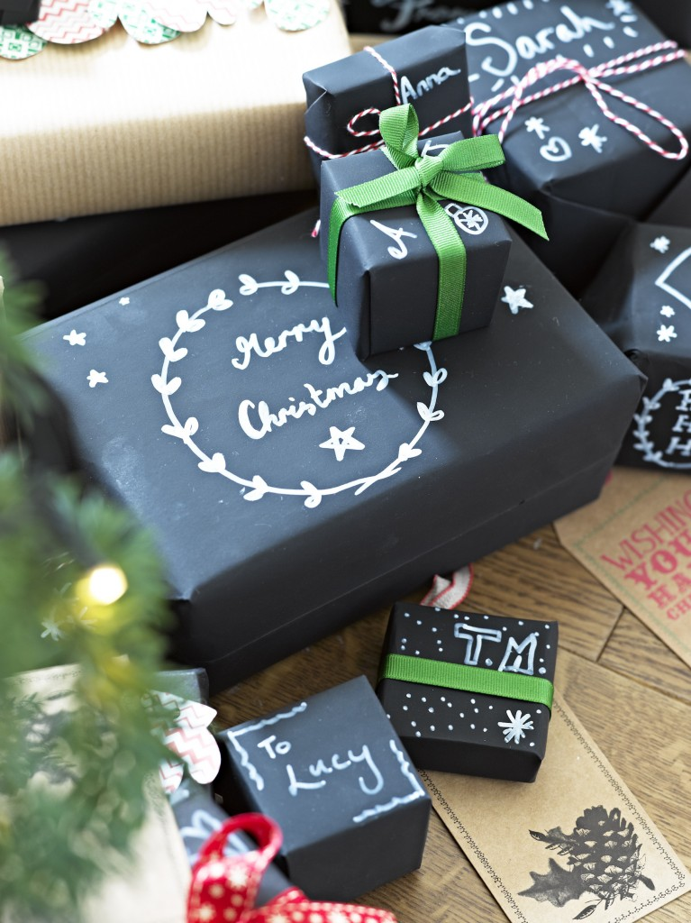 12 Creative And Simple Christmas Gift Wrap Ideas You Ll Love