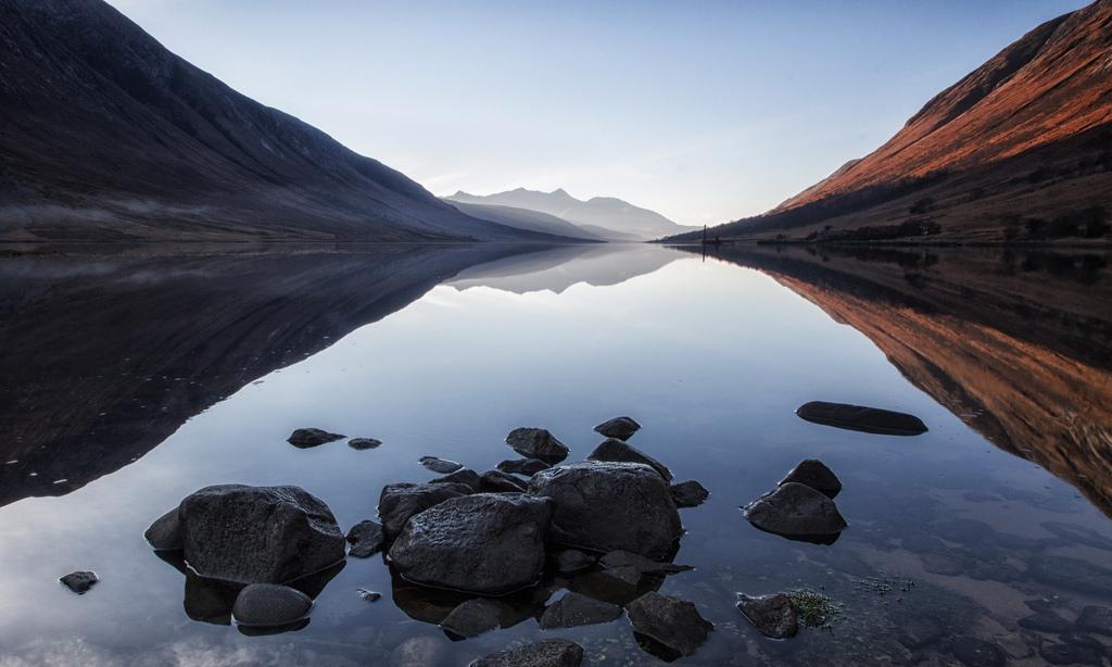 Loch Etive & Ben Cruachan | © john mcsporran/Flickr