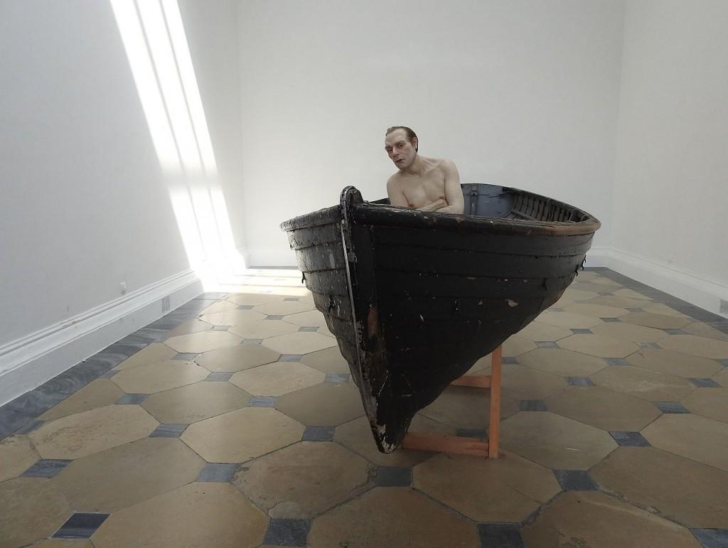 Man in a Boat 02 © Wald1siedel/WikimediaCommons