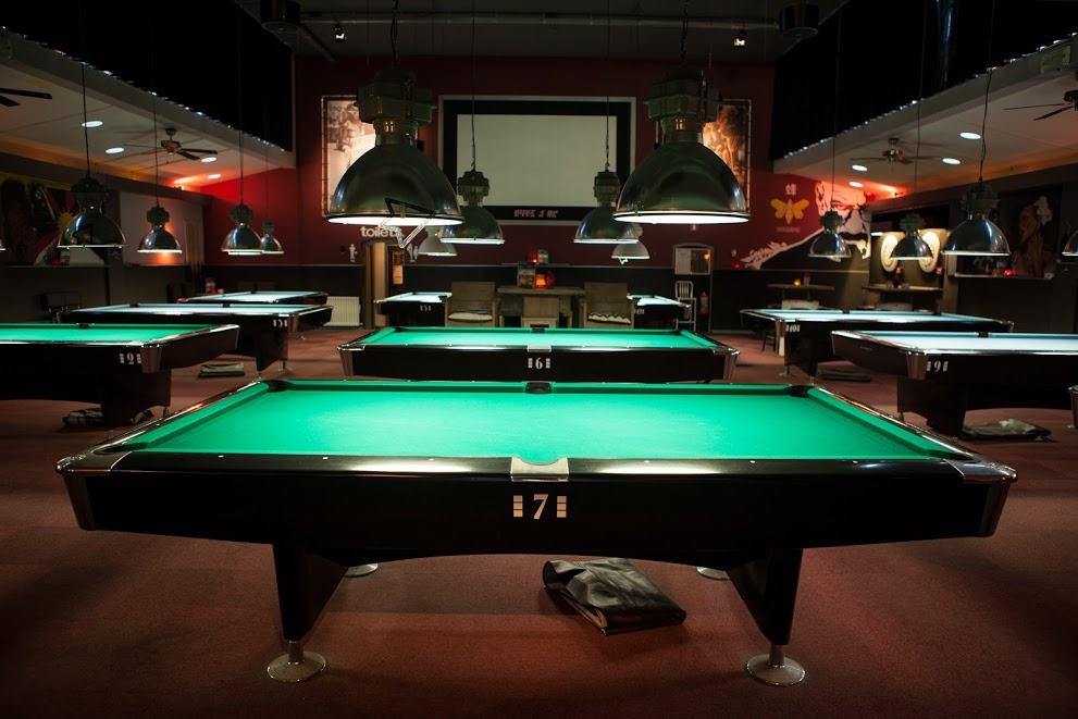 Plan B's pool tables | © Arno Krol/360promotion.nl