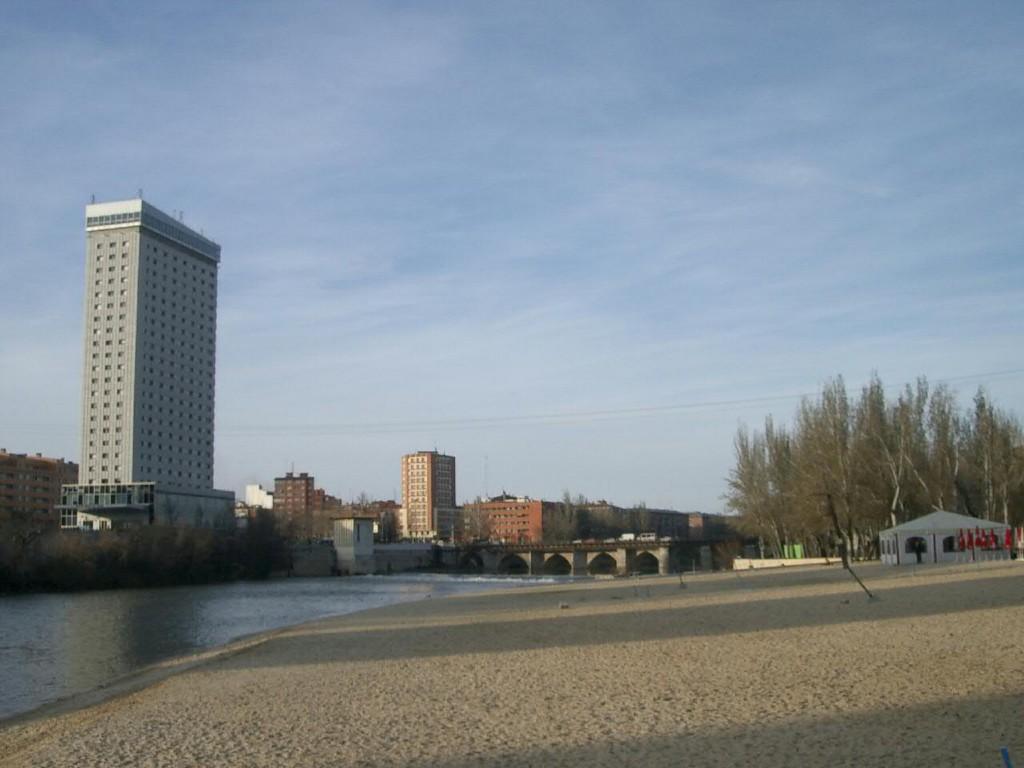 Playa Moreras, Valladolid | © angeldp/flikr
