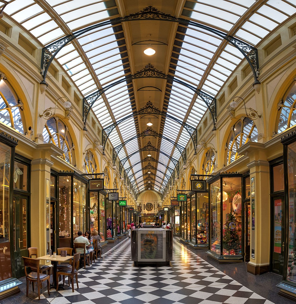 Royal Arcade, Melbourne, Australia - April 2004 © Diliff/WikimediaCommons