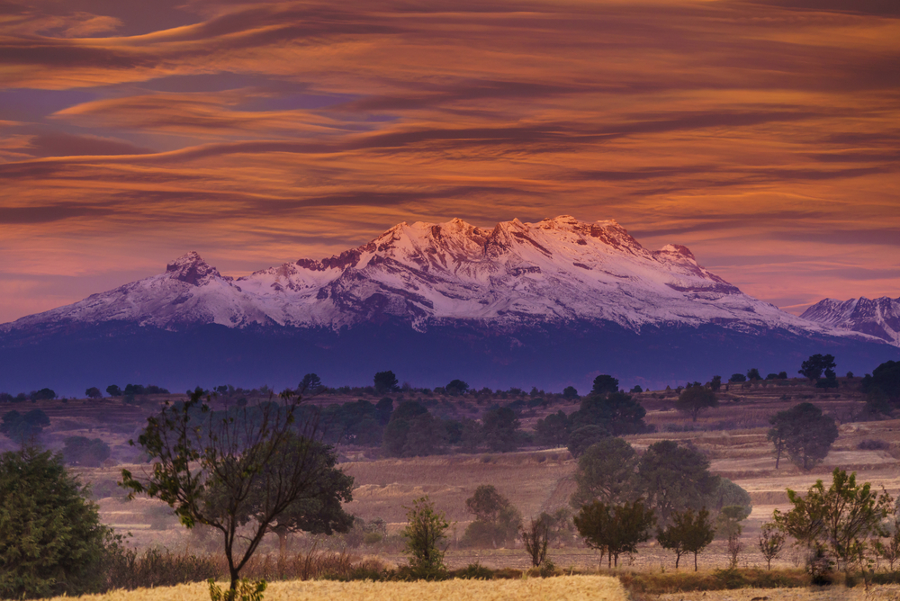 Iztaccihuatl volcano in the morning ©Cristobal Garciaferro |Shutterstock