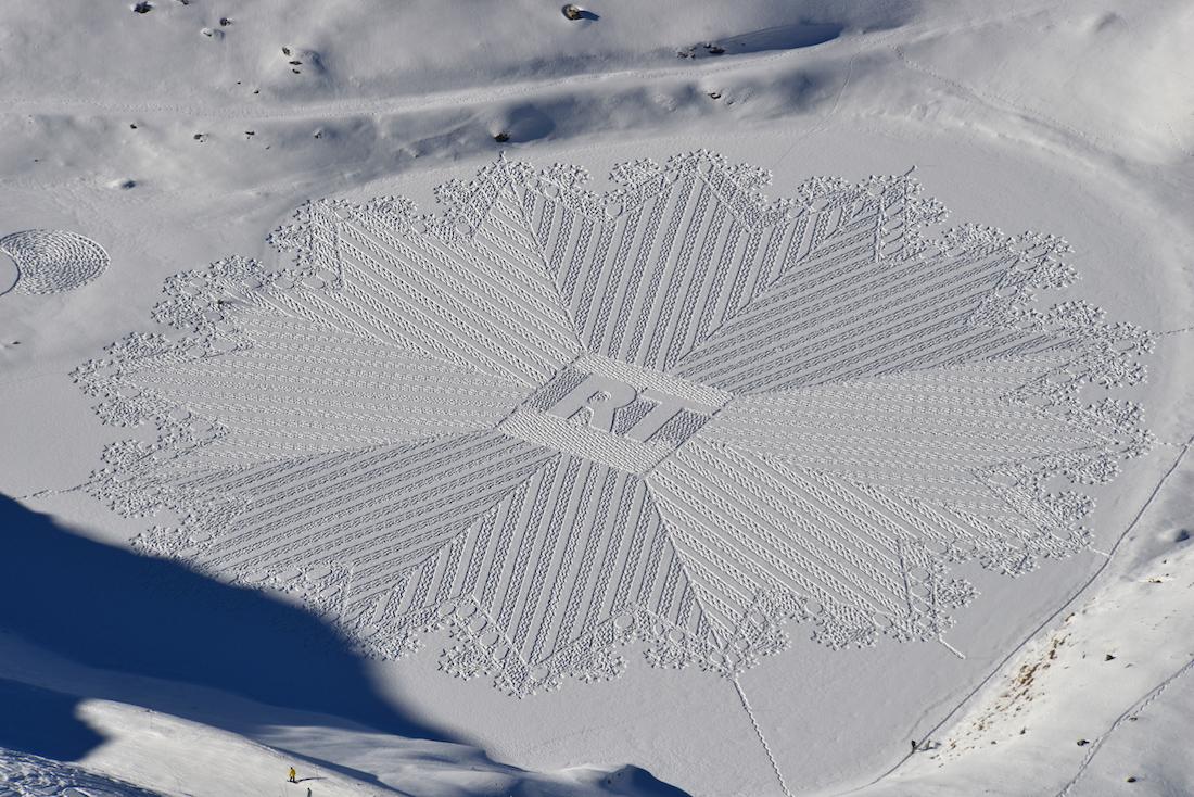 simon_beck_snow_art_original_2