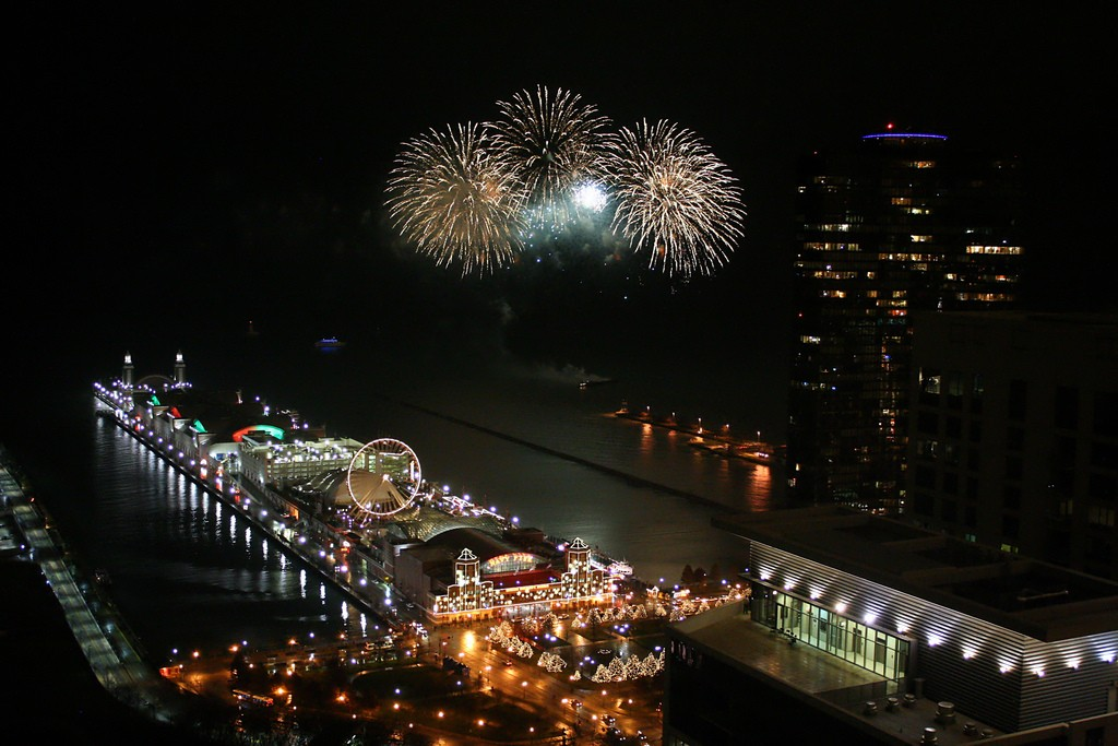 Fireworks over Navy Pier | © Flickr