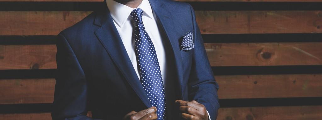 Well-dressed man │© Unsplash